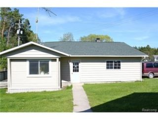 4 BR,  2.00 BTH  Single family style home in